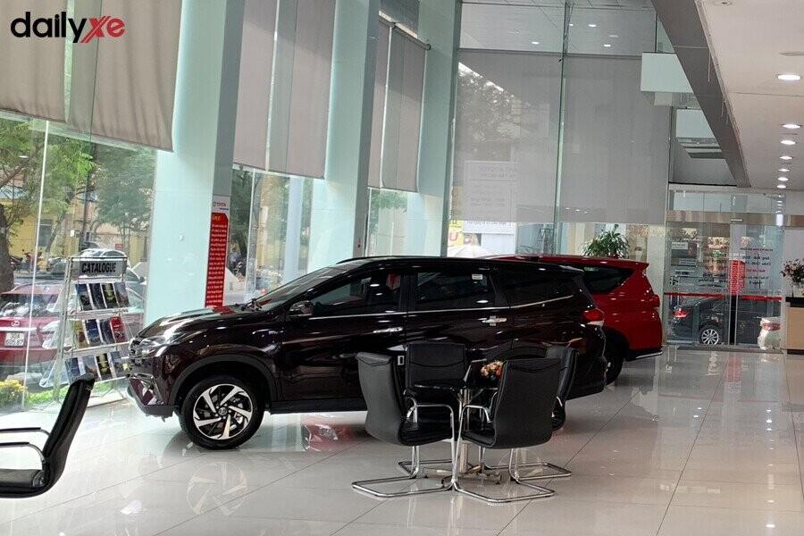 Phòng trưng bày xe Toyota Thăng Long - Hình 3