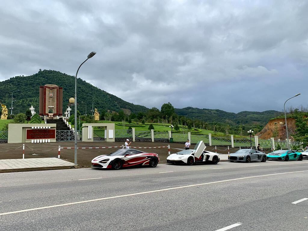 dan-sieu-xe-xuat-hanh-di-qua-4-nuoc-tien-tram-asean-rally-2020-7.jpg
