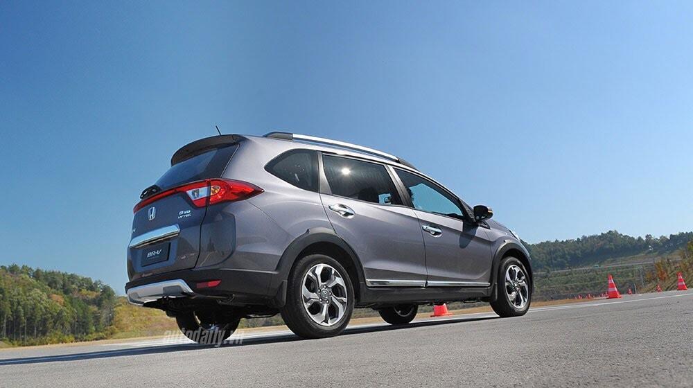 Đánh giá ban đầu về Honda BR-V: Crossover đầy hứa hẹn - Hình 4