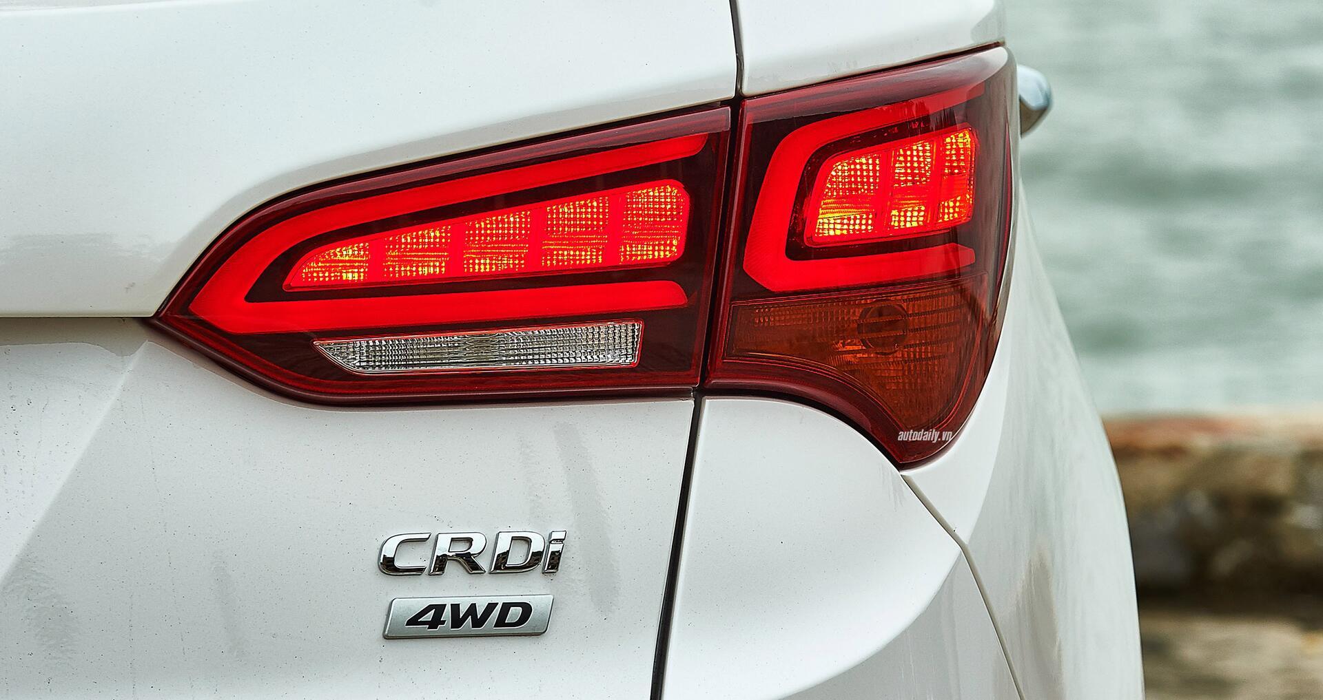 Đánh giá ban đầu về Hyundai SantaFe 2016 phiên bản máy dầu - Hình 2