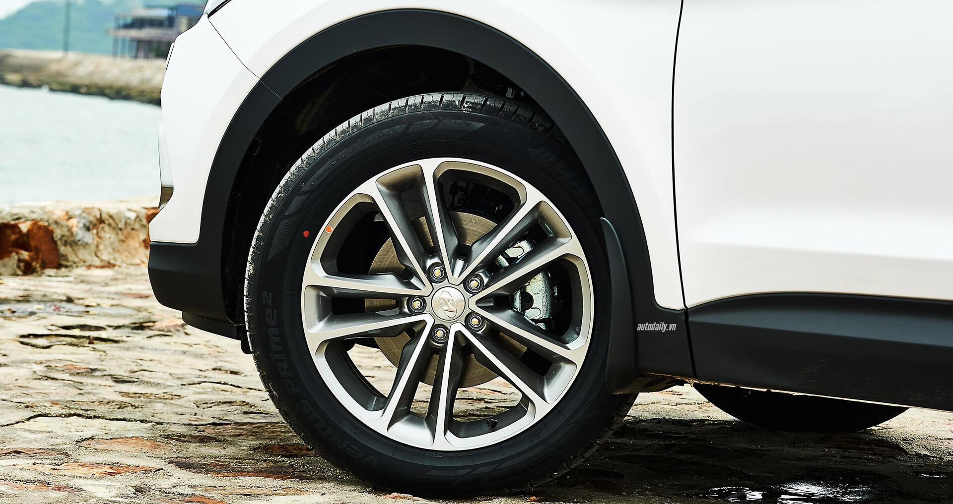 Đánh giá ban đầu về Hyundai SantaFe 2016 phiên bản máy dầu - Hình 4