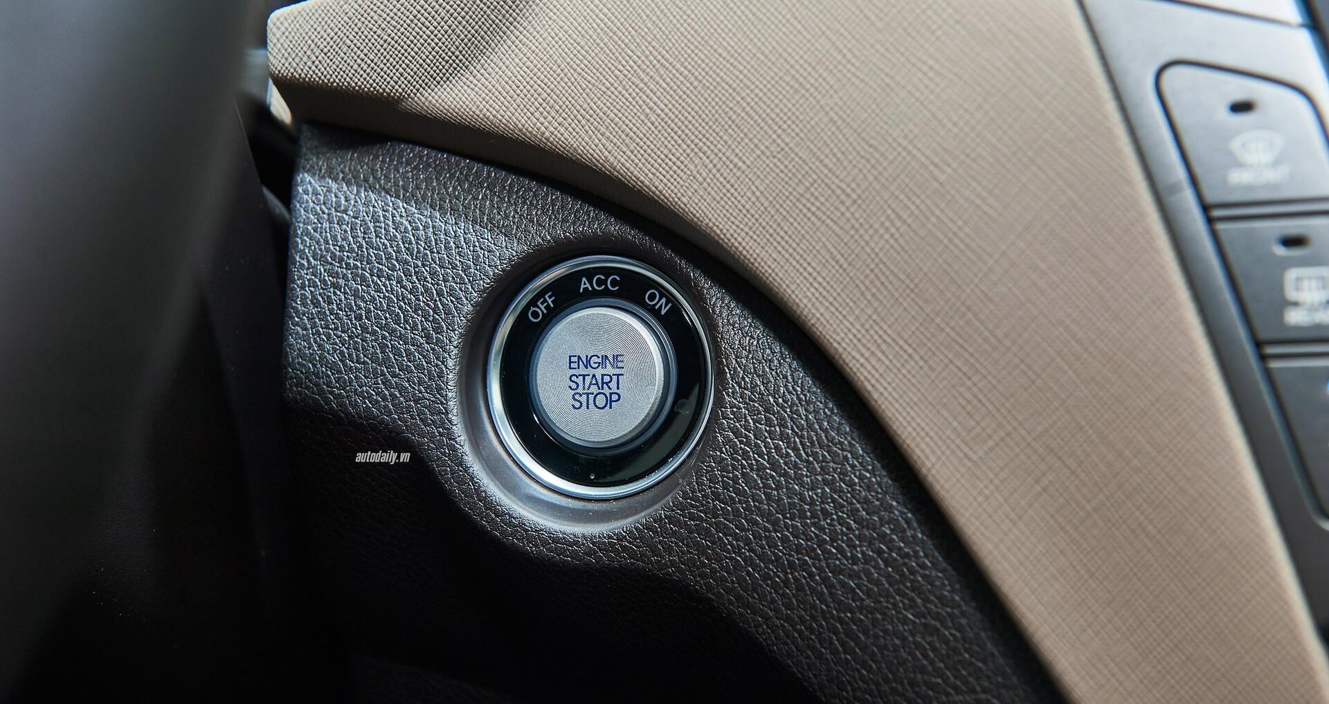 Đánh giá ban đầu về Hyundai SantaFe 2016 phiên bản máy dầu - Hình 6
