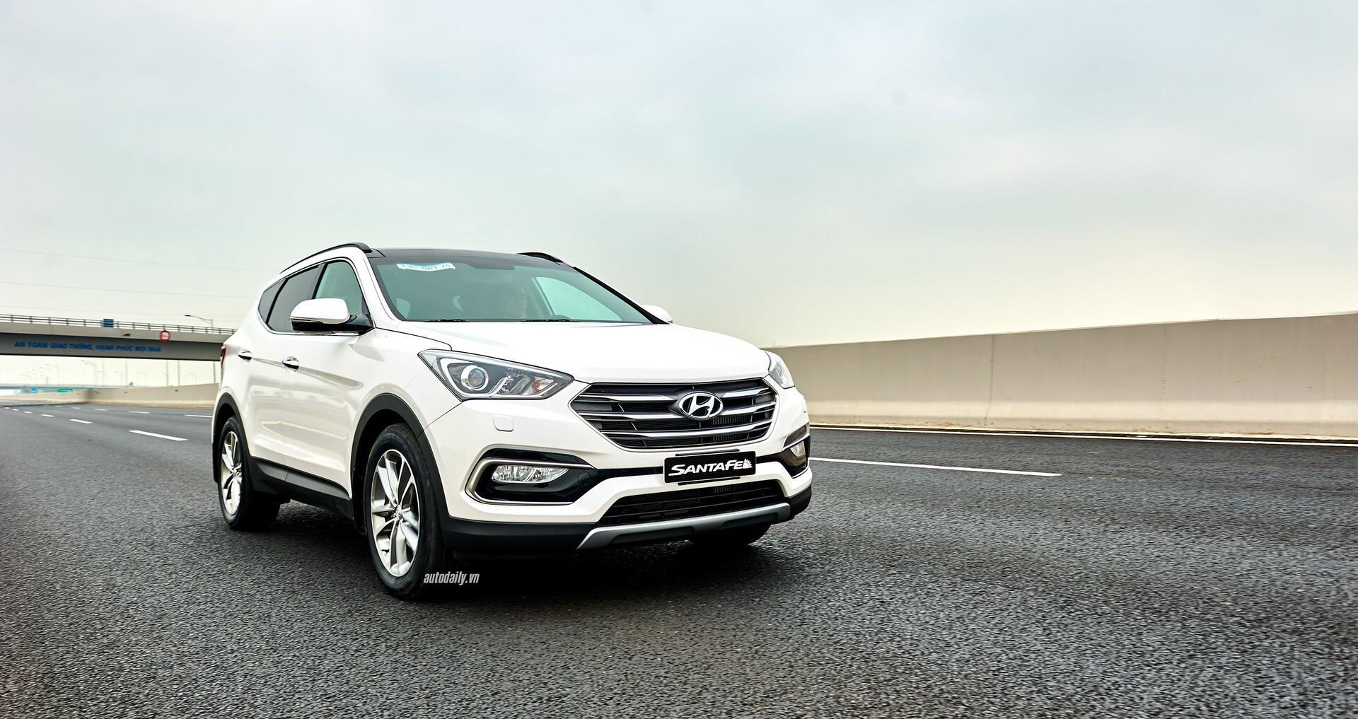 Đánh giá ban đầu về Hyundai SantaFe 2016 phiên bản máy dầu - Hình 10