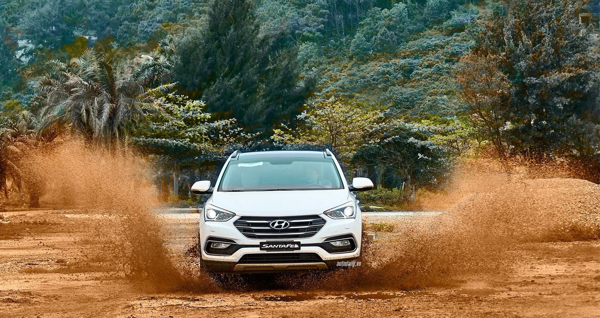Đánh giá ban đầu về Hyundai SantaFe 2016 phiên bản máy dầu - Hình 11