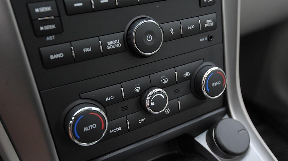 Đánh giá Chevrolet Captiva LTZ 2014 qua hành trình 1000km - Hình 22