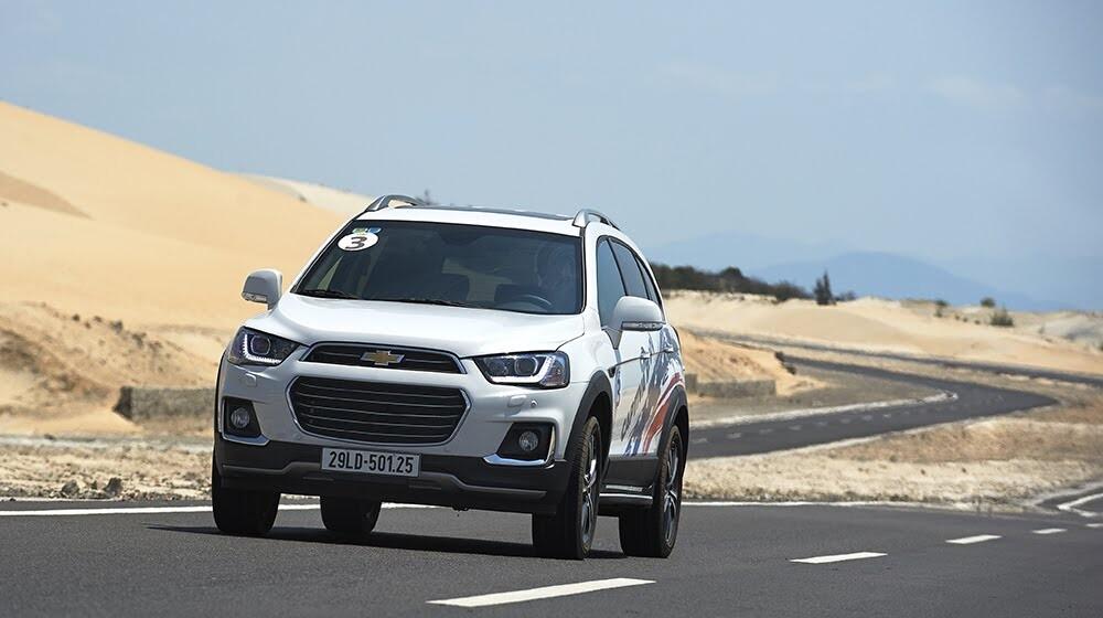 """Đánh giá Chevrolet Captiva Revv 2016 - Màn """"lột xác"""" ấn tượng - Hình 4"""