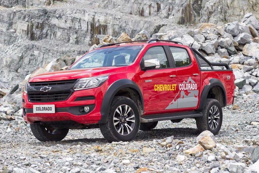 Đánh giá Chevrolet Colorado 2017 giá 839 triệu đồng tại Việt Nam - Hình 2
