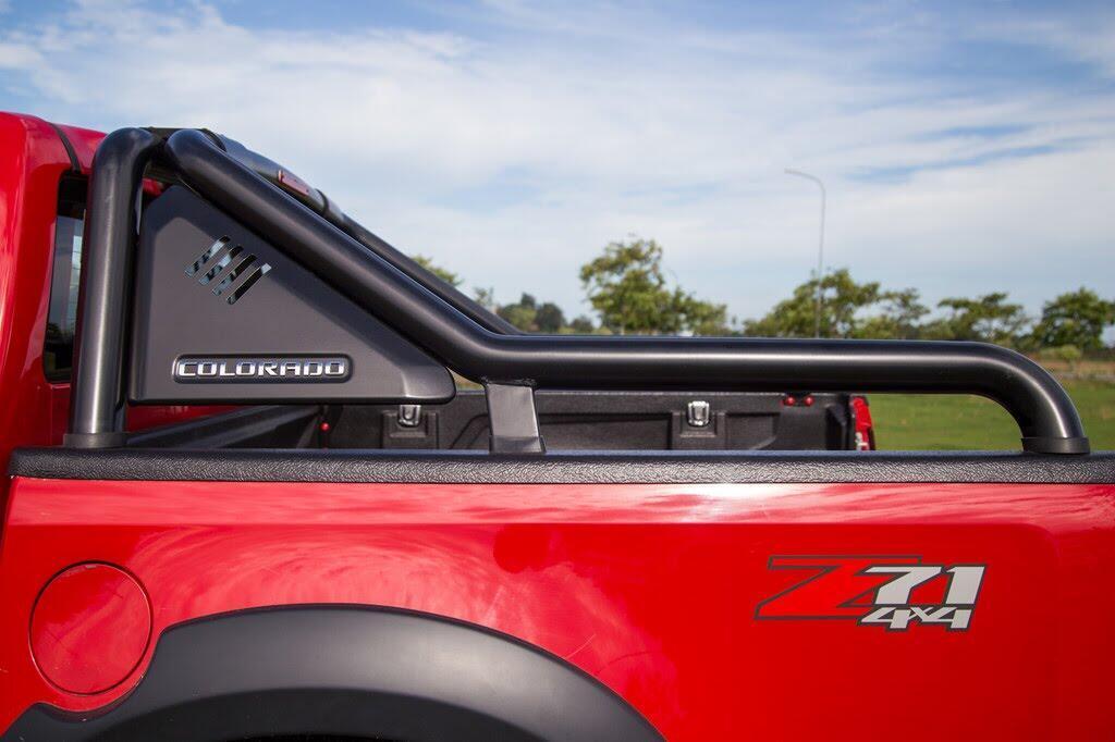 Đánh giá Chevrolet Colorado 2017 giá 839 triệu đồng tại Việt Nam - Hình 3