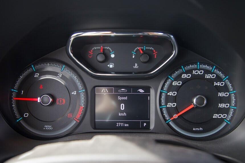 Đánh giá Chevrolet Colorado 2017 giá 839 triệu đồng tại Việt Nam - Hình 6