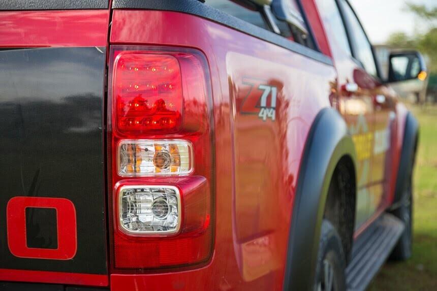 Đánh giá Chevrolet Colorado 2017 giá 839 triệu đồng tại Việt Nam - Hình 13