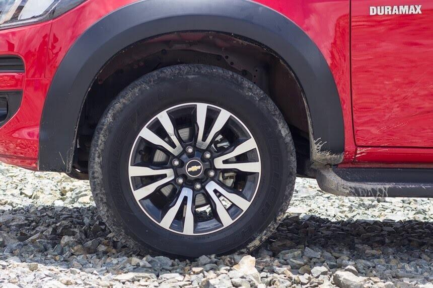 Đánh giá Chevrolet Colorado 2017 giá 839 triệu đồng tại Việt Nam - Hình 16