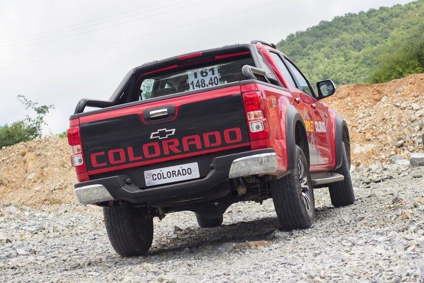 Đánh giá Chevrolet Colorado 2017 giá 839 triệu đồng tại Việt Nam - Hình 17