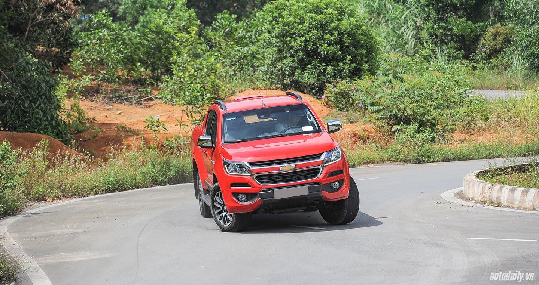 Đánh giá Chevrolet Colorado HighCountry 2017: Nâng cấp đáng giá - Hình 9