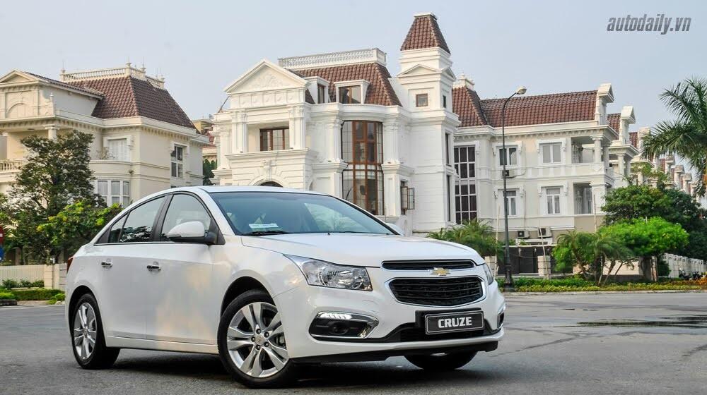 Đánh giá Chevrolet Cruze LTZ 2015: Lựa chọn đáng tiền - Hình 2