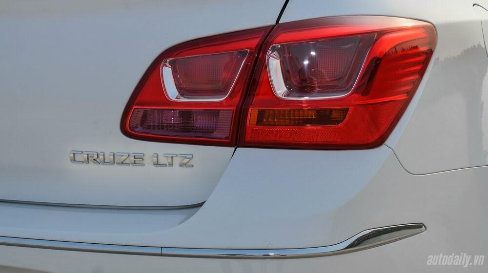 Đánh giá Chevrolet Cruze LTZ 2015: Lựa chọn đáng tiền - Hình 5