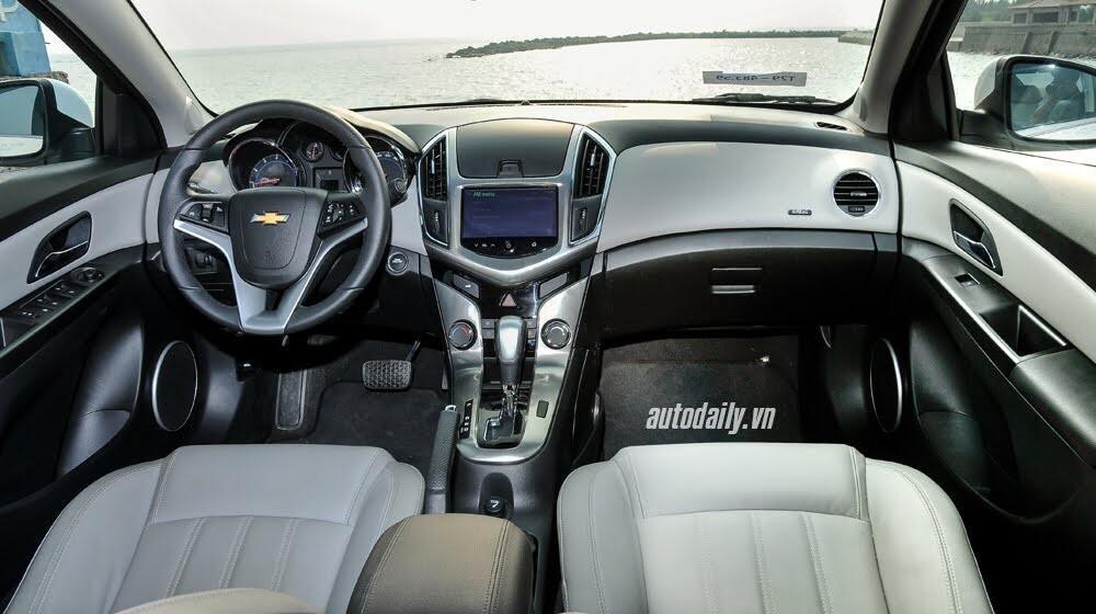 Đánh giá Chevrolet Cruze LTZ 2015: Lựa chọn đáng tiền - Hình 6