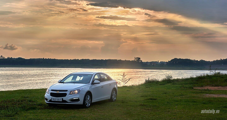Đánh giá Chevrolet Cruze LTZ mới: Sự thay đổi cần thiết - Hình 1