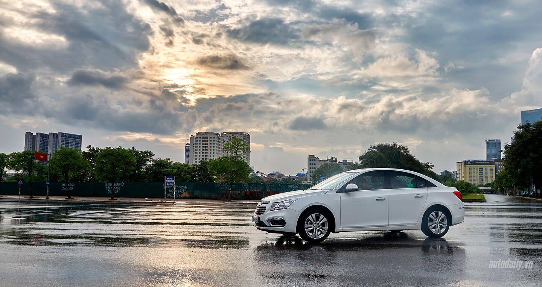 Đánh giá Chevrolet Cruze LTZ mới: Sự thay đổi cần thiết - Hình 2