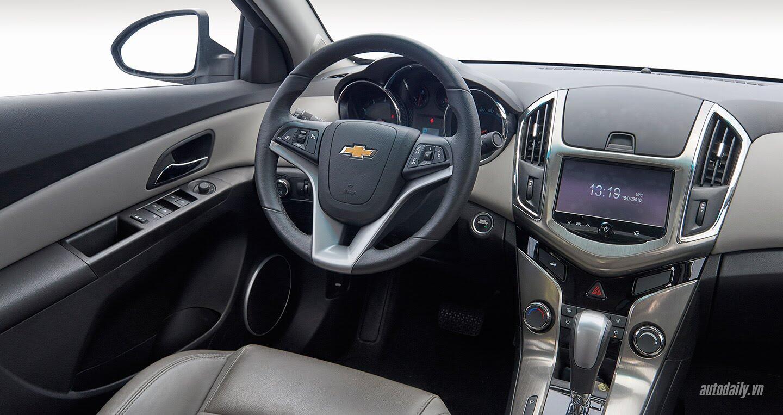 Đánh giá Chevrolet Cruze LTZ mới: Sự thay đổi cần thiết - Hình 4
