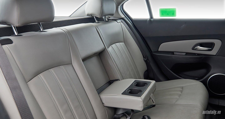 Đánh giá Chevrolet Cruze LTZ mới: Sự thay đổi cần thiết - Hình 6