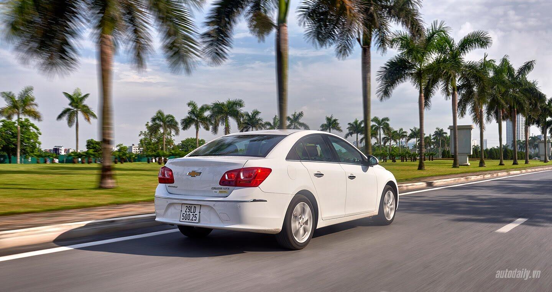 Đánh giá Chevrolet Cruze LTZ mới: Sự thay đổi cần thiết - Hình 8