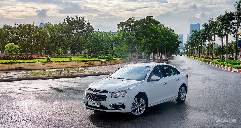 Đánh giá Chevrolet Cruze LTZ mới: Sự thay đổi cần thiết - Hình 9