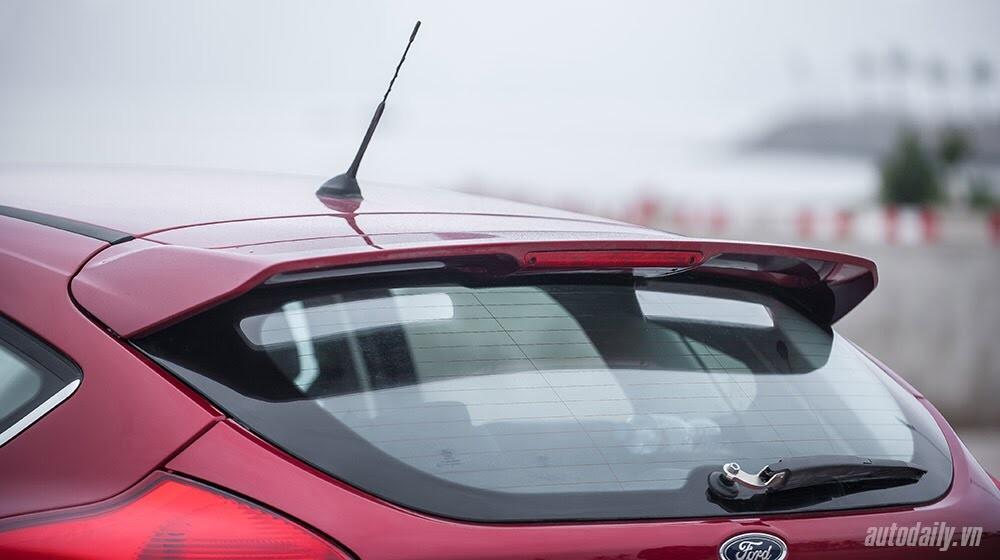 """Đánh giá Focus mới – """"Vũ khí sắc lẹm"""" của Ford - Hình 3"""