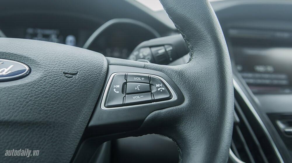 """Đánh giá Focus mới – """"Vũ khí sắc lẹm"""" của Ford - Hình 9"""