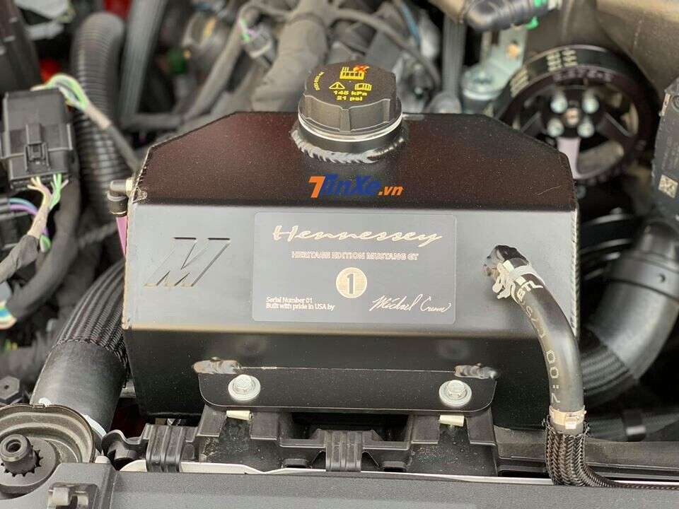 danh-gia-ford-mustang-do-hennessey-doc-nhat-viet-nam-ngua-hoang-day-cong-suat-808-ma-luc-18.jpg