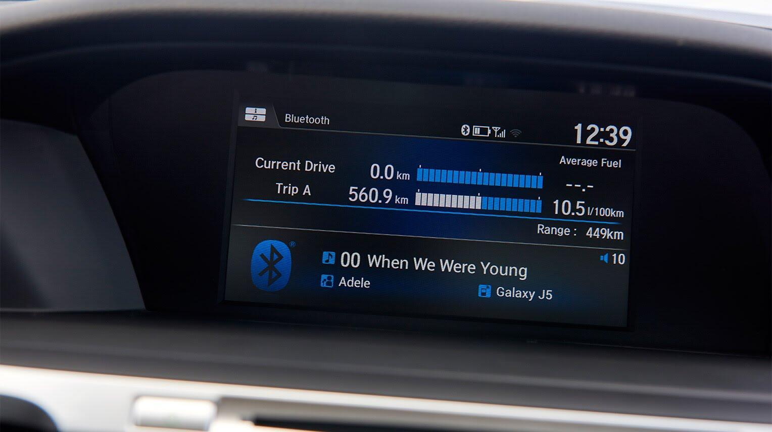 Đánh giá Honda Accord 2016: Ưa nhìn hơn, trang bị tốt hơn và lái phấn khích hơn - Hình 12