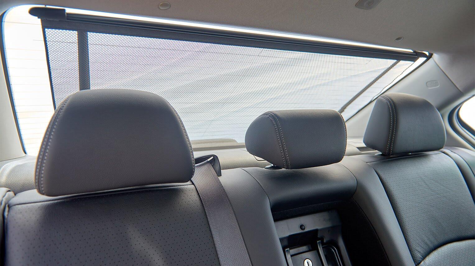 Đánh giá Honda Accord 2016: Ưa nhìn hơn, trang bị tốt hơn và lái phấn khích hơn - Hình 22