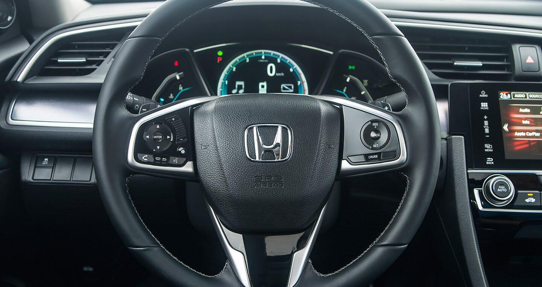 """Đánh giá Honda Civic 1.5L VTEC Turbo 2016: Mẫu sedan đáng """"đồng tiền bát gạo""""! - Hình 8"""