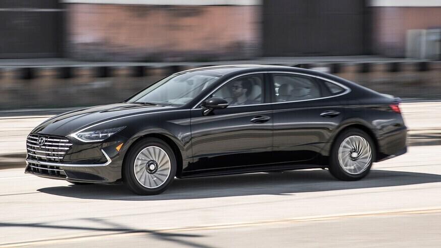 danh-gia-hyundai-sonata-hybrid-2020-sedan-sieu-tiet-kiem-nhien-lieu