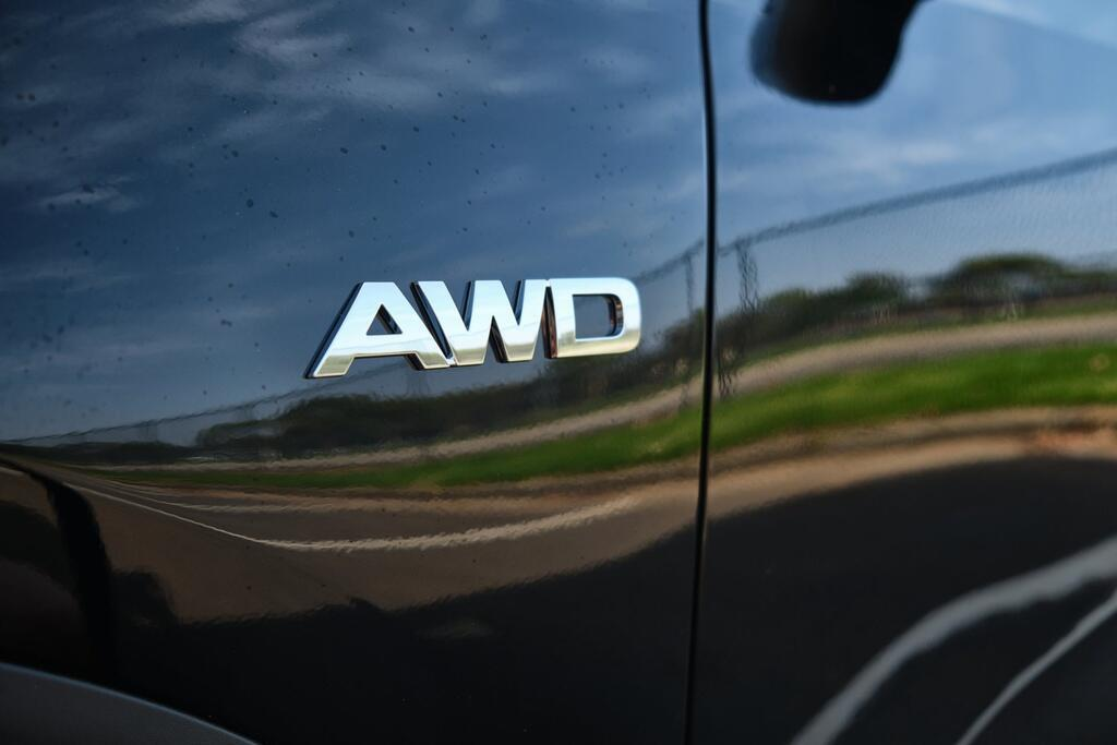 Danh gia Kia Seltos Sport+ AWD 2020 – SUV rong rai, lai thoai mai hinh anh 10 Kia_Seltos_8.jpg
