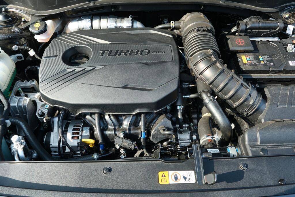 Danh gia Kia Seltos Sport+ AWD 2020 – SUV rong rai, lai thoai mai hinh anh 6 Kia_Seltos_20.jpg
