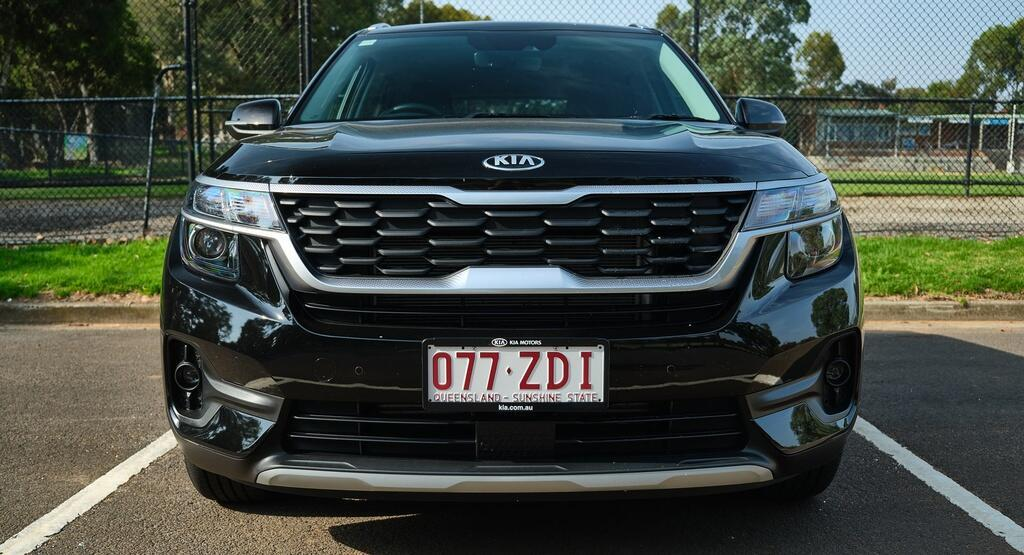 Danh gia Kia Seltos Sport+ AWD 2020 – SUV rong rai, lai thoai mai hinh anh 5 Kia_Seltos_7_1.jpg