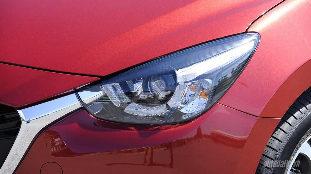 """Đánh giá Mazda2: """"Chuẩn"""" xe đi phố - Hình 3"""