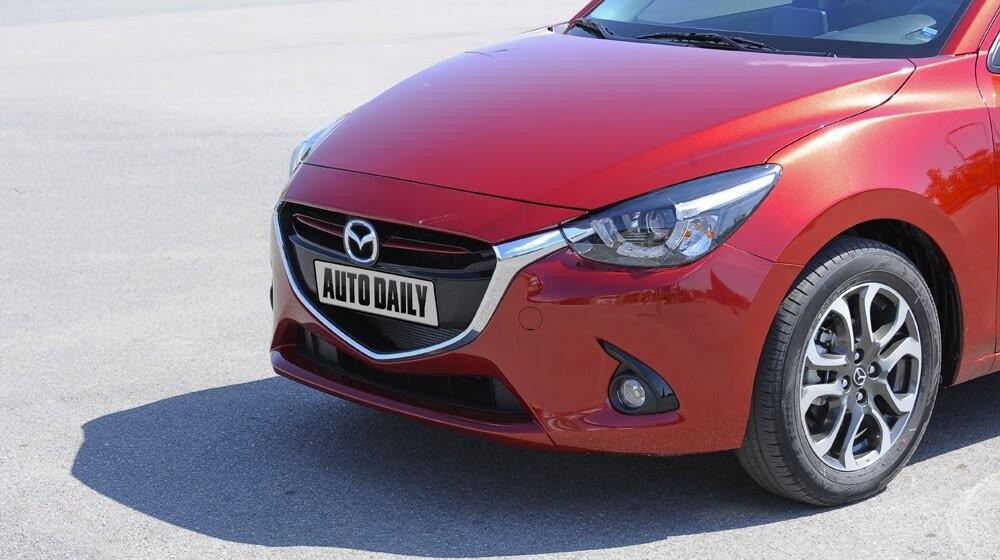 """Đánh giá Mazda2: """"Chuẩn"""" xe đi phố - Hình 4"""