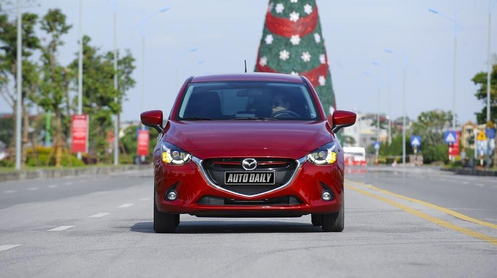 """Đánh giá Mazda2: """"Chuẩn"""" xe đi phố - Hình 6"""