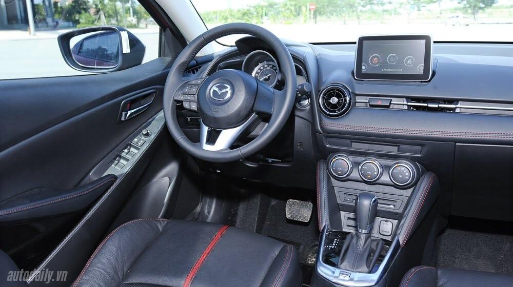 """Đánh giá Mazda2: """"Chuẩn"""" xe đi phố - Hình 10"""