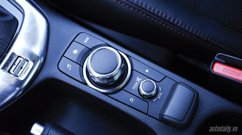 """Đánh giá Mazda2: """"Chuẩn"""" xe đi phố - Hình 11"""