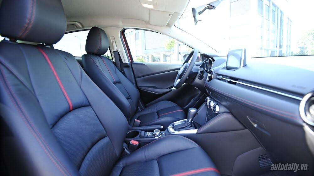 """Đánh giá Mazda2: """"Chuẩn"""" xe đi phố - Hình 13"""