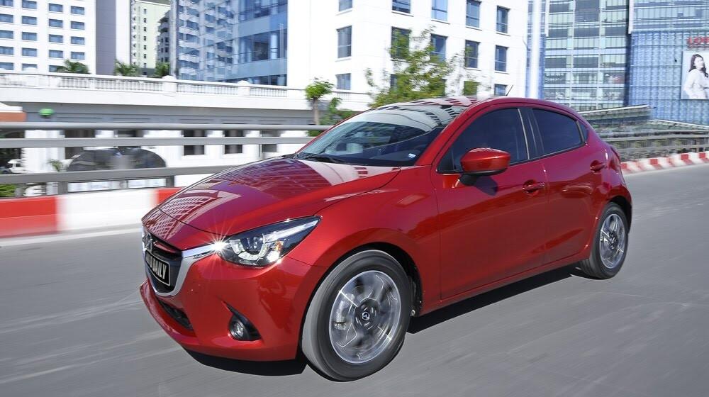 """Đánh giá Mazda2: """"Chuẩn"""" xe đi phố - Hình 18"""