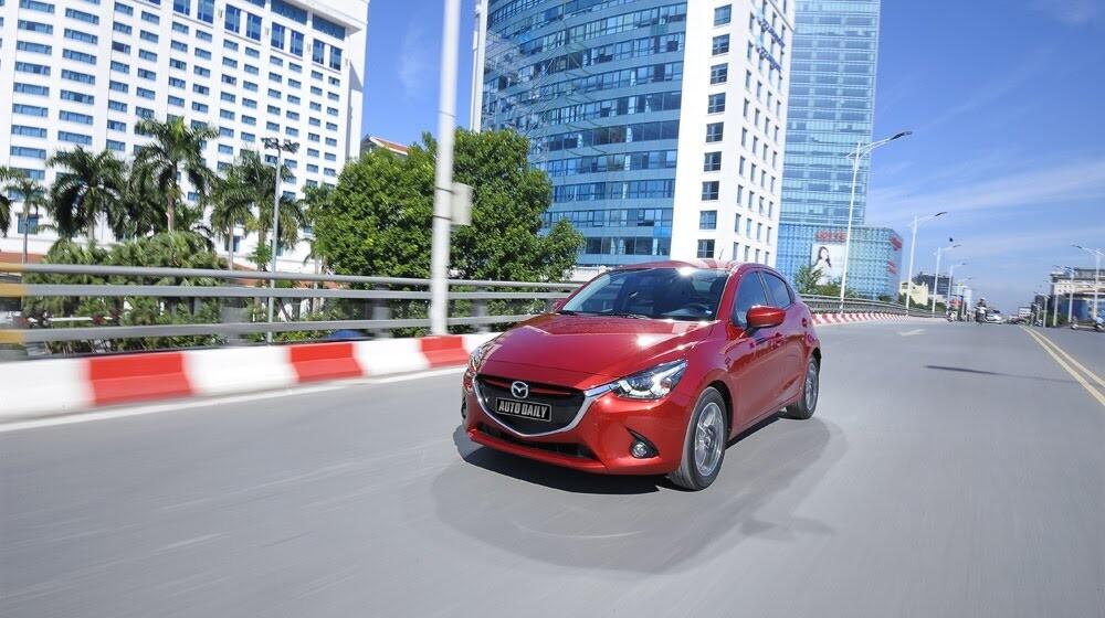 """Đánh giá Mazda2: """"Chuẩn"""" xe đi phố - Hình 20"""