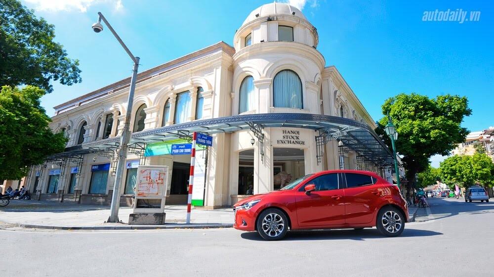 """Đánh giá Mazda2: """"Chuẩn"""" xe đi phố - Hình 21"""
