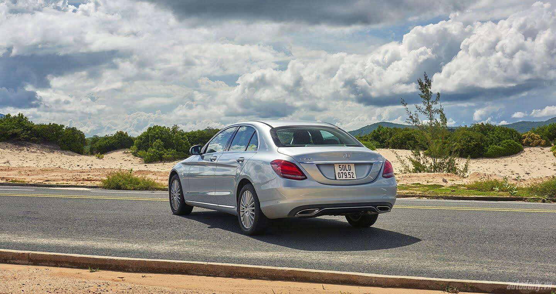 Đánh giá Mercedes C 250 Exclusive: Tái hiện hình ảnh xe sang cổ điển - Hình 5