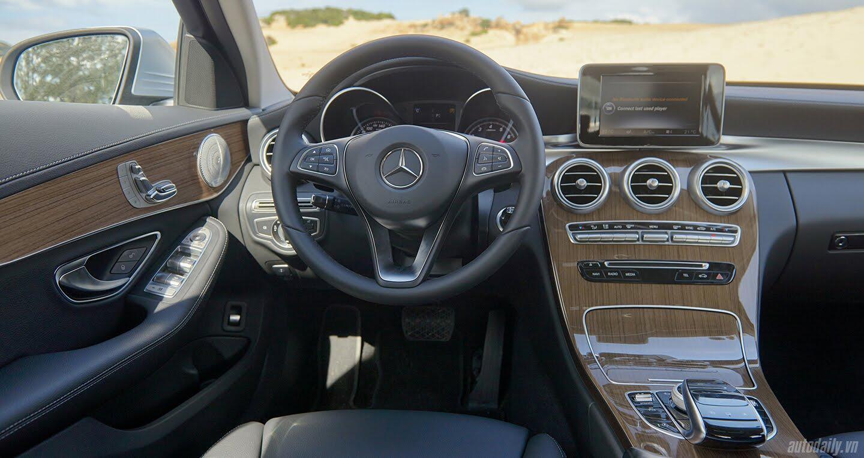 Đánh giá Mercedes C 250 Exclusive: Tái hiện hình ảnh xe sang cổ điển - Hình 7