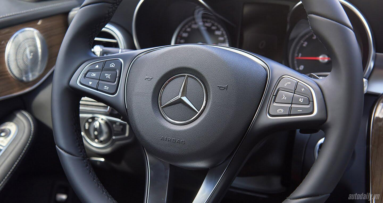 Đánh giá Mercedes C 250 Exclusive: Tái hiện hình ảnh xe sang cổ điển - Hình 8