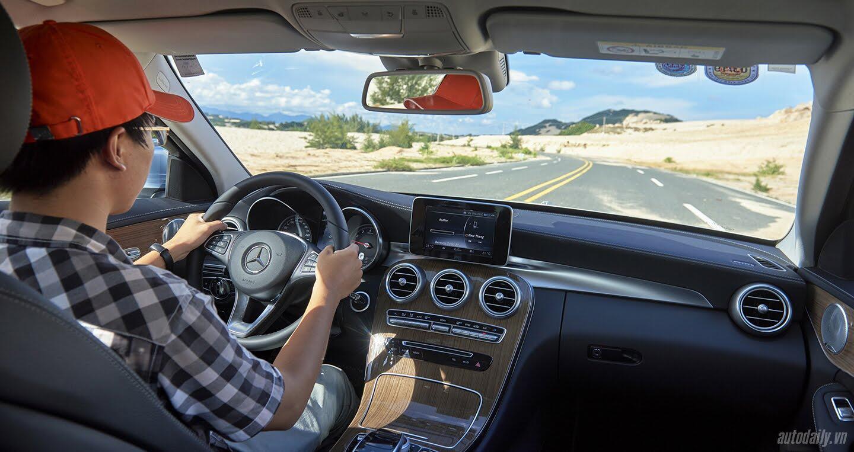 Đánh giá Mercedes C 250 Exclusive: Tái hiện hình ảnh xe sang cổ điển - Hình 10