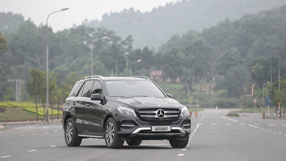 Đánh giá Mercedes-Benz GLE400 4Matic: Bước chuyển mình ngoạn mục - Hình 1